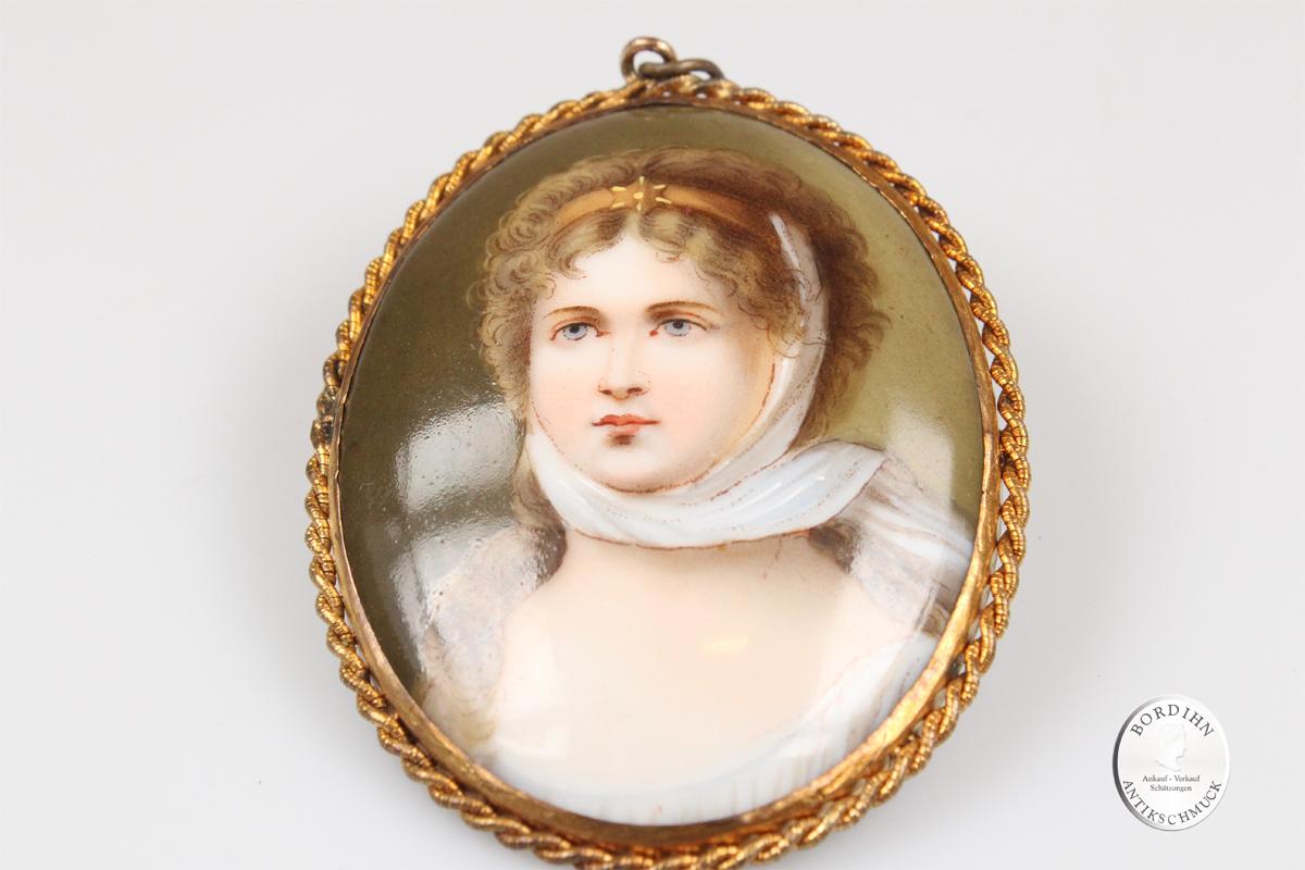 Miniatur handgemalt auf Porzellan Frau Malerei Kunst Schmuck antik