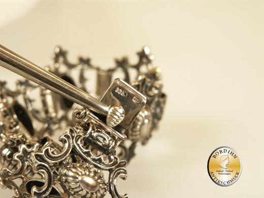 Armband; Silber 835, 8 Glieder in Zackenform durchbroch