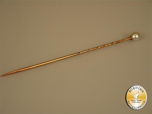 Nadel; 14Kt Gold mit einer Perle, um 1900