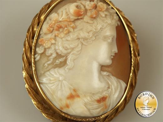 Gemme Schmuck Anhänger Muschel 14 Karat Gold Jugendstil antik Frauen