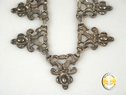 Collier; Trachtencollier, 800 Silber, spitze Glieder