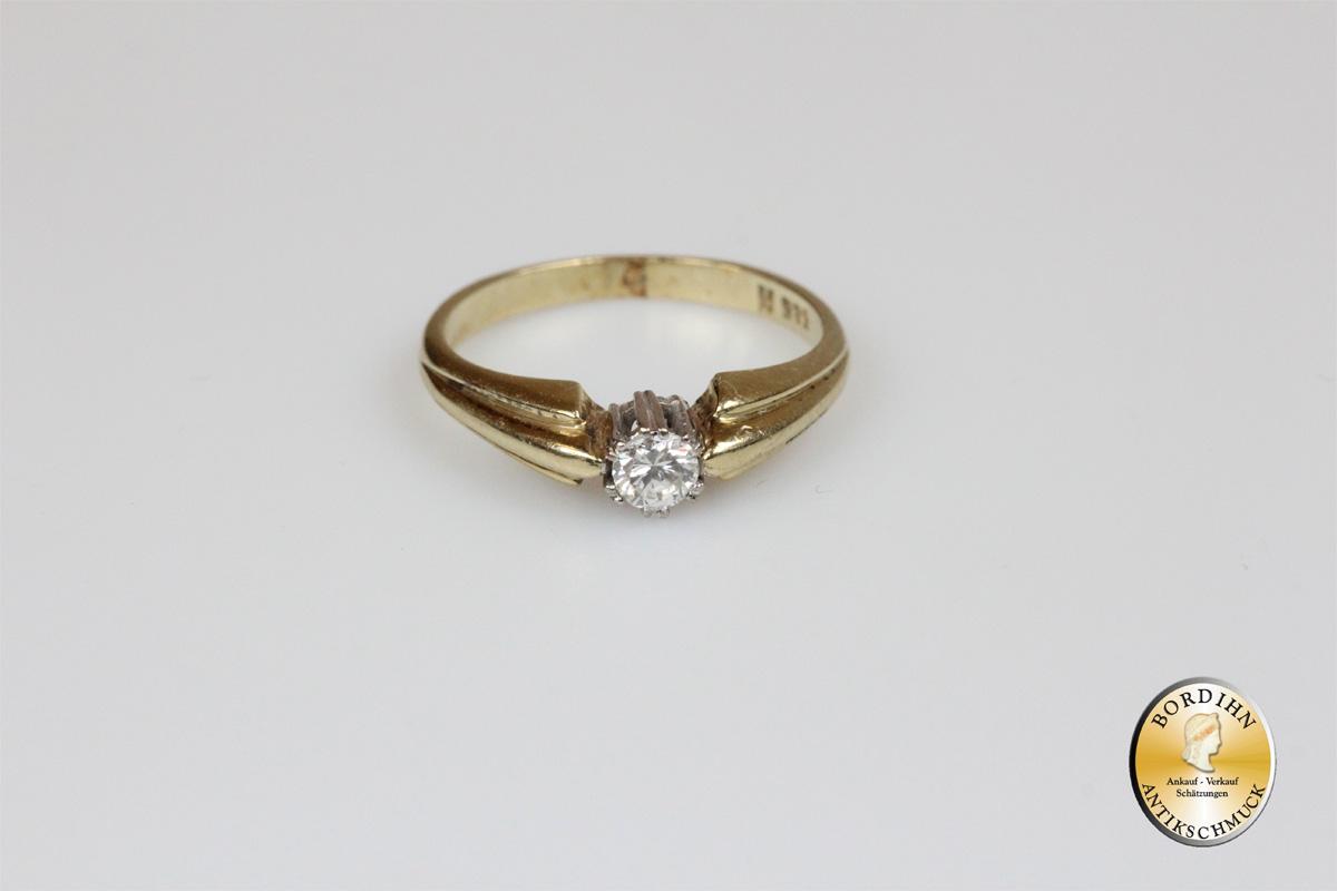 Ring; 14K Gold, Brillant 0,15ct, um 1970