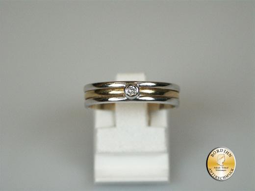 Ring; 14 Karat Gold mit kleinem Brillant
