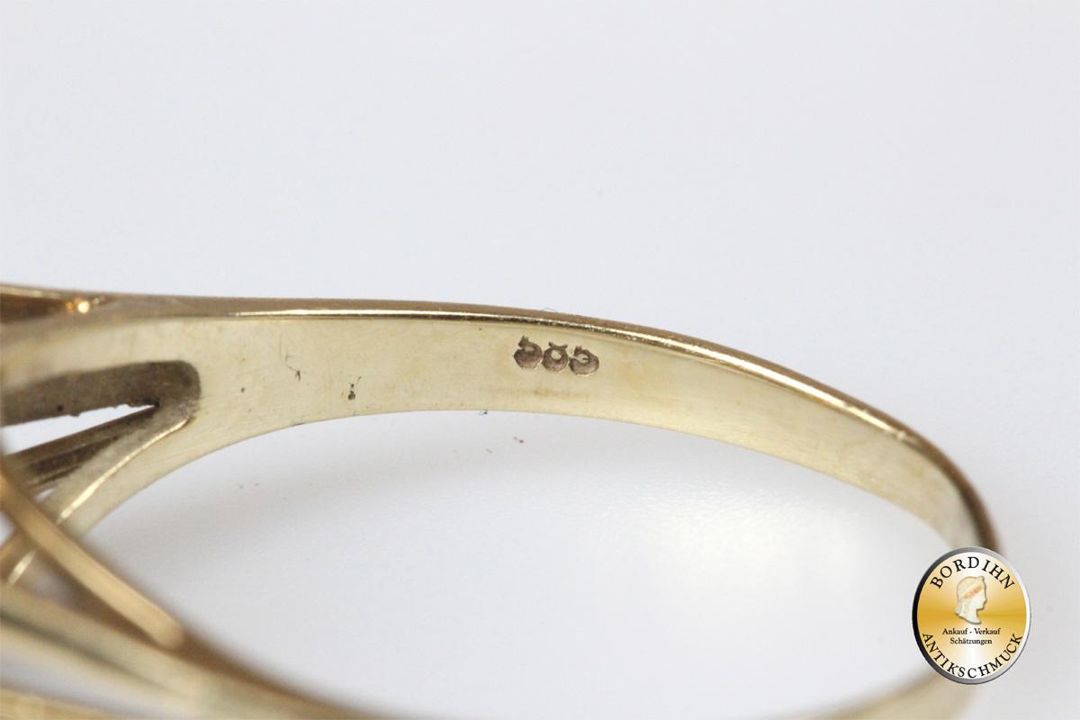 Ring; 14 Karat Gold mit einer Perle und Brillant