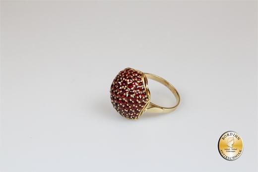 Ring; Sterlingsilber/vergoldet, Kuppel, Granat