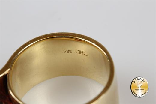 Ring; 14 Karat Gold mit einem Topas