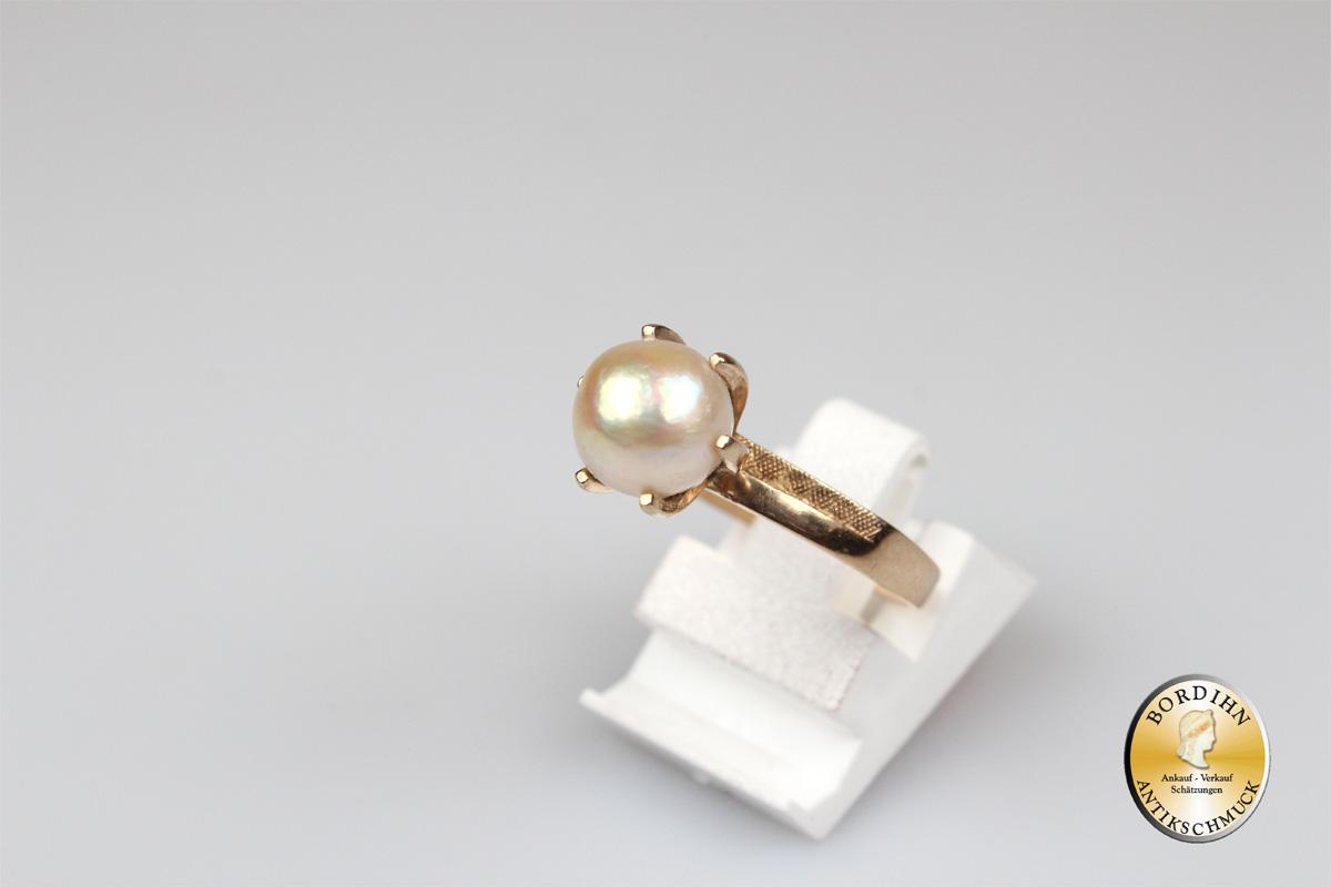 Ring; 14 Karat Gold mit Perle
