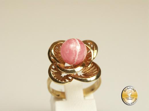 Ring; 14 Karat Gold, Rosenquarz in Blütenform