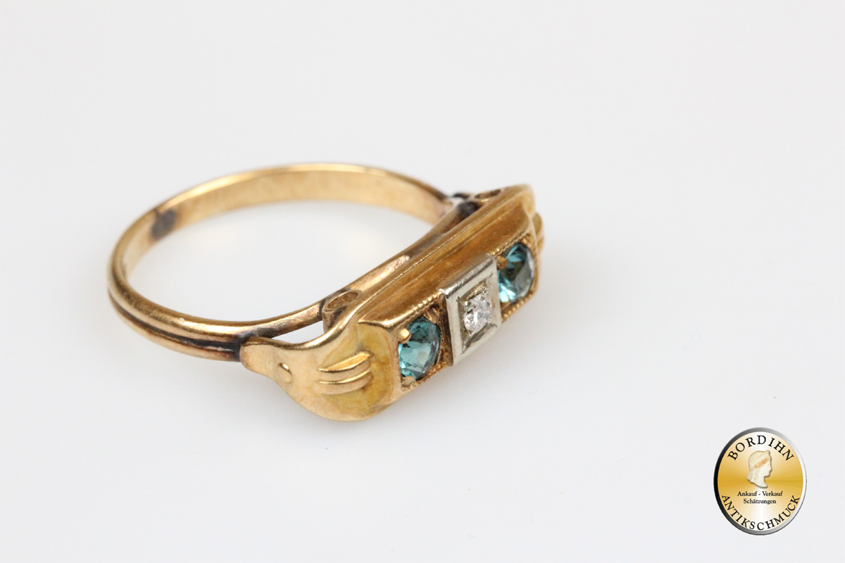 Ring; 14K  Art-Deco 1  Brillant, 2 Zirkone