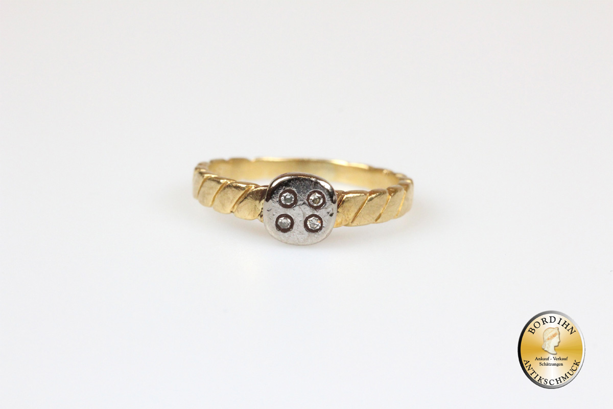 Ring; 18 Karat Gold mit Brillanten