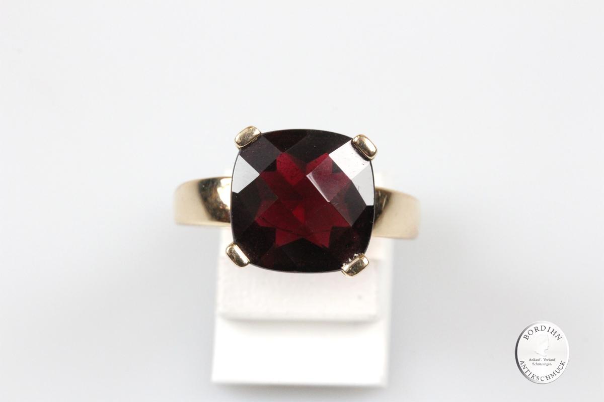 Ring 14 Karat Gold Böhmischer Granat Schmuckring Goldring Fingerring