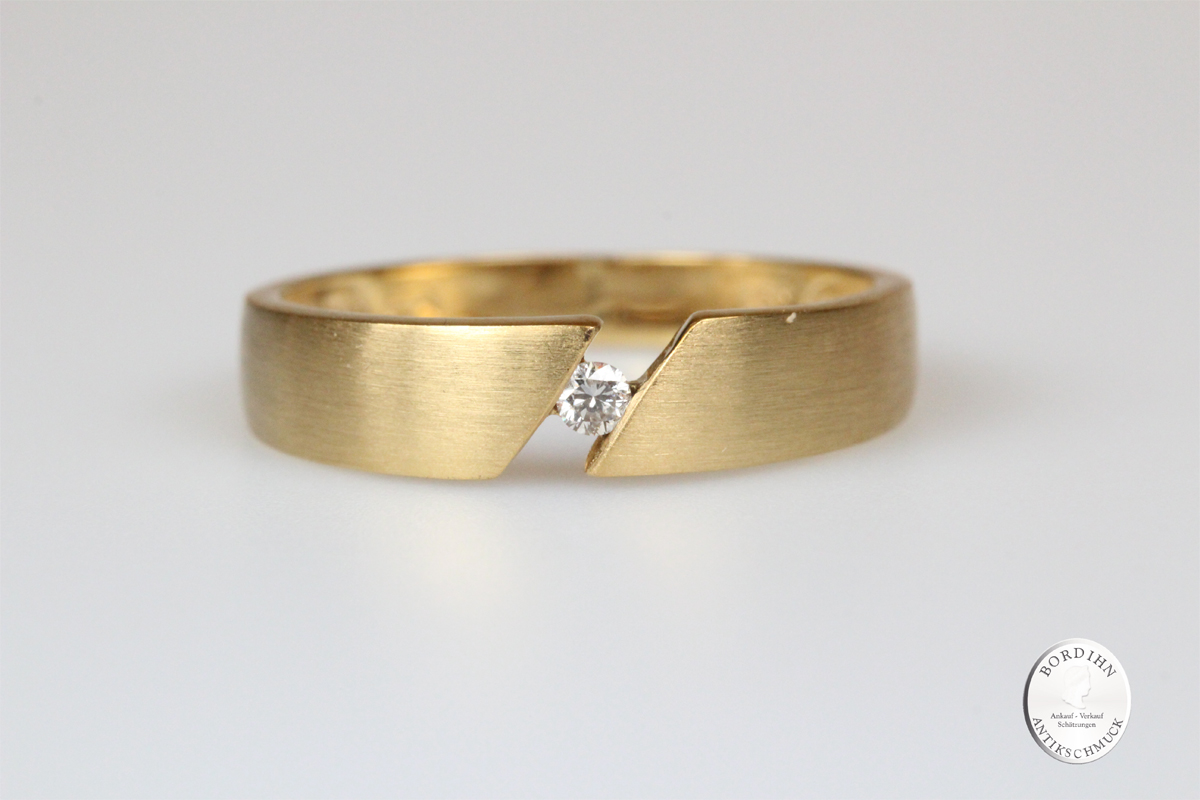 Ring 8 Karat Gold mit Brillant Bandring Goldring Schmuckring Diamant