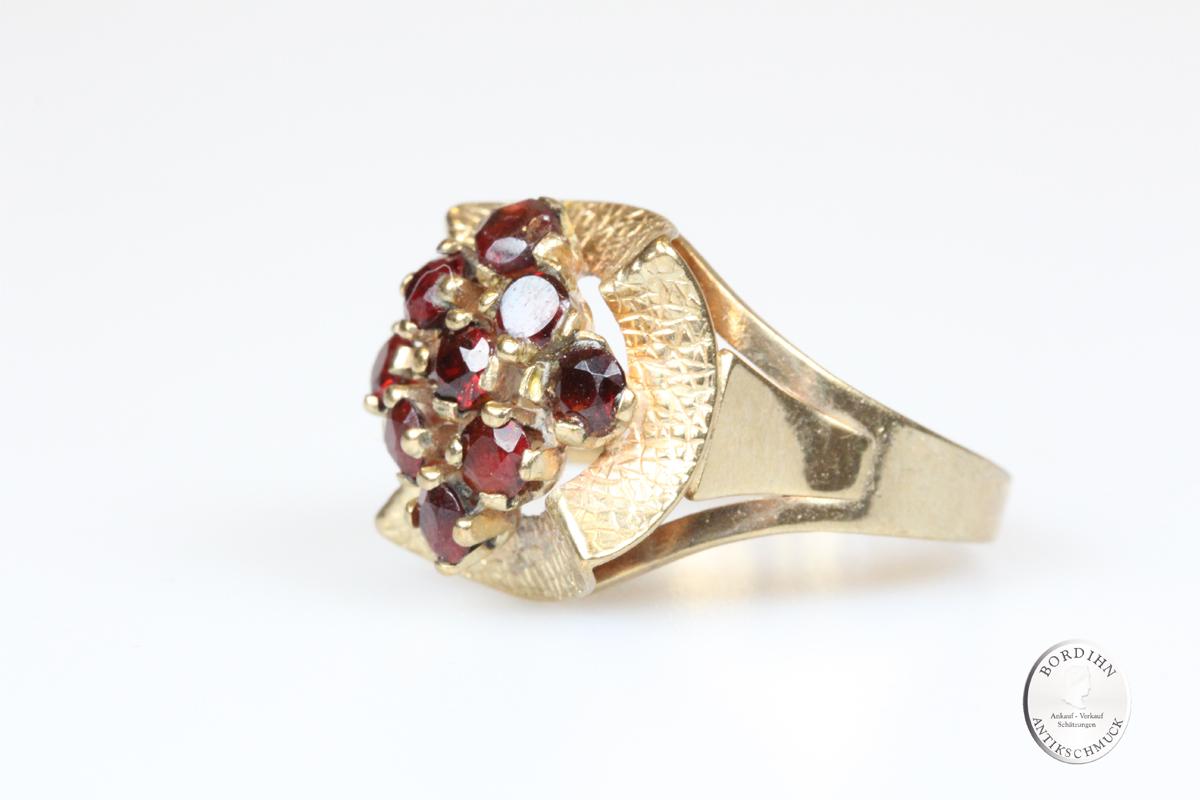 Ring 8 Karat Gold mit Granat Goldring Fingerring Damenring Geschenk