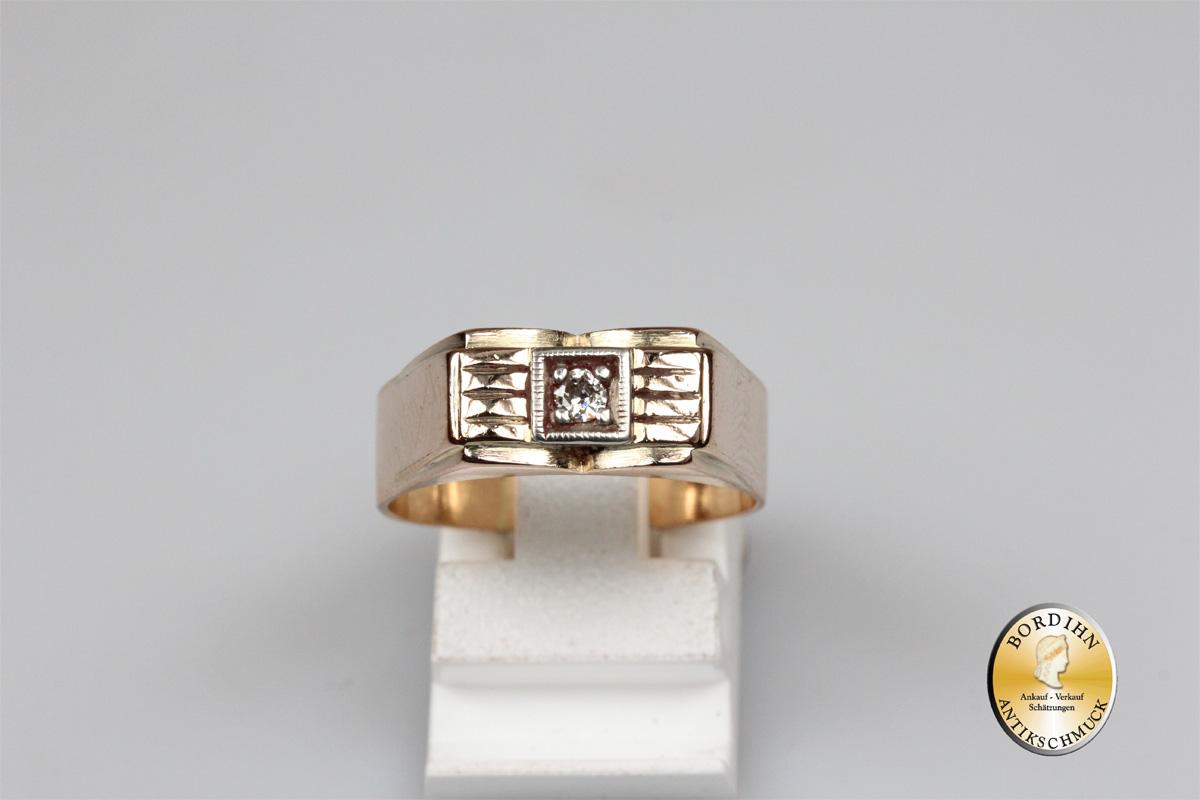 Ring; 14 Karat Gold, 1 Brillant, antik