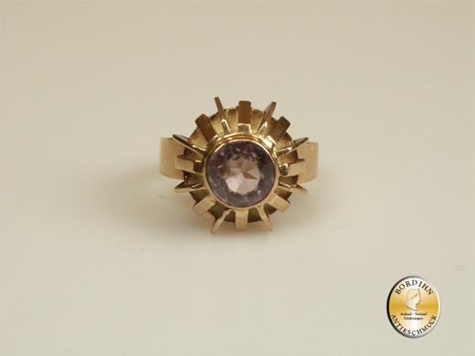 Ring; 14 Karat Gold, Gelbgold, Amethyst, um 1970