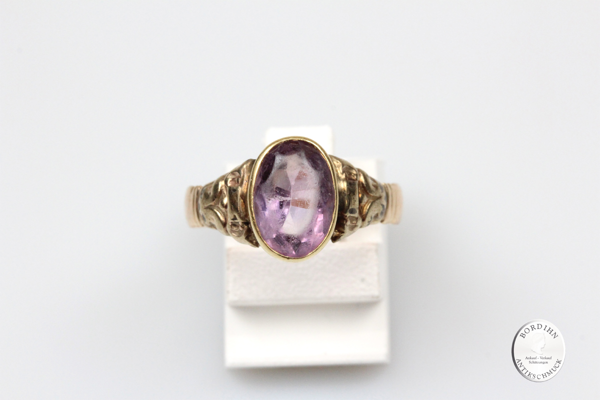 Ring 8 Karat Gold Amethyst oval Fingerring Damenring Goldring Schmuck