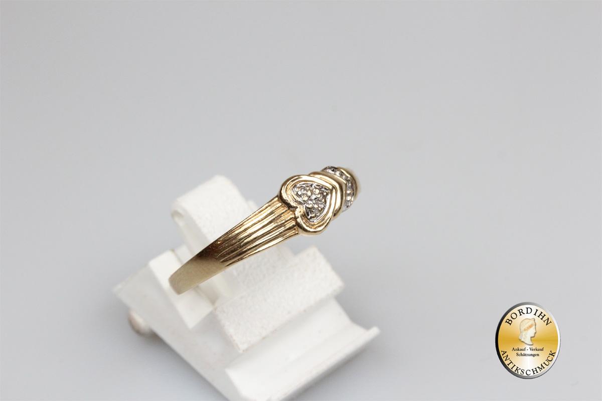 Ring; 14 Karat Gold, mit Diamant Splitter, Herz