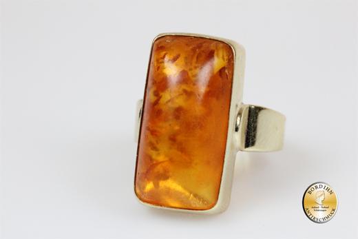 Ring; 14 Karat Gold, Bernstein, um 1920