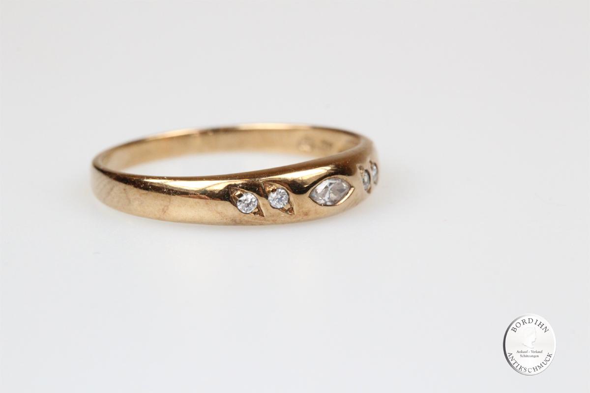 Ring 8 Karat Gold 5 weiße Farbsteine Goldring Schmuckring Bandring