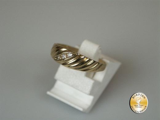 Ring; 8 Karat Gold, Bandring, Zirkonia