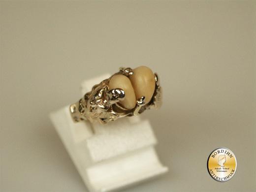 Ring; 8 Karat Gold, Grandelring