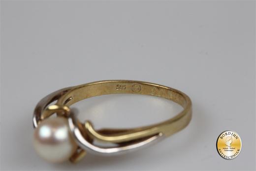Ring; 14 Karat Weissgold & Gelbgold mit einer Perle