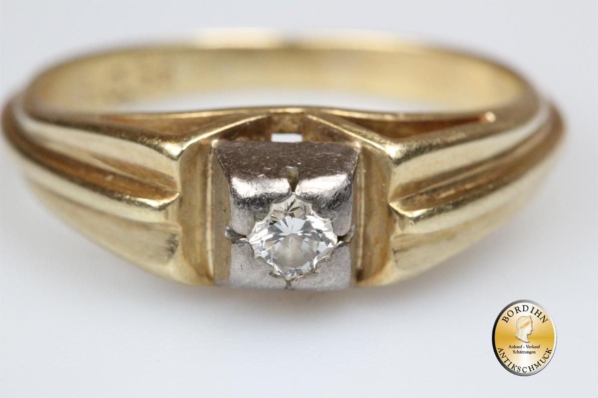 Ring; 14 Karat Gold, 1 Brillant
