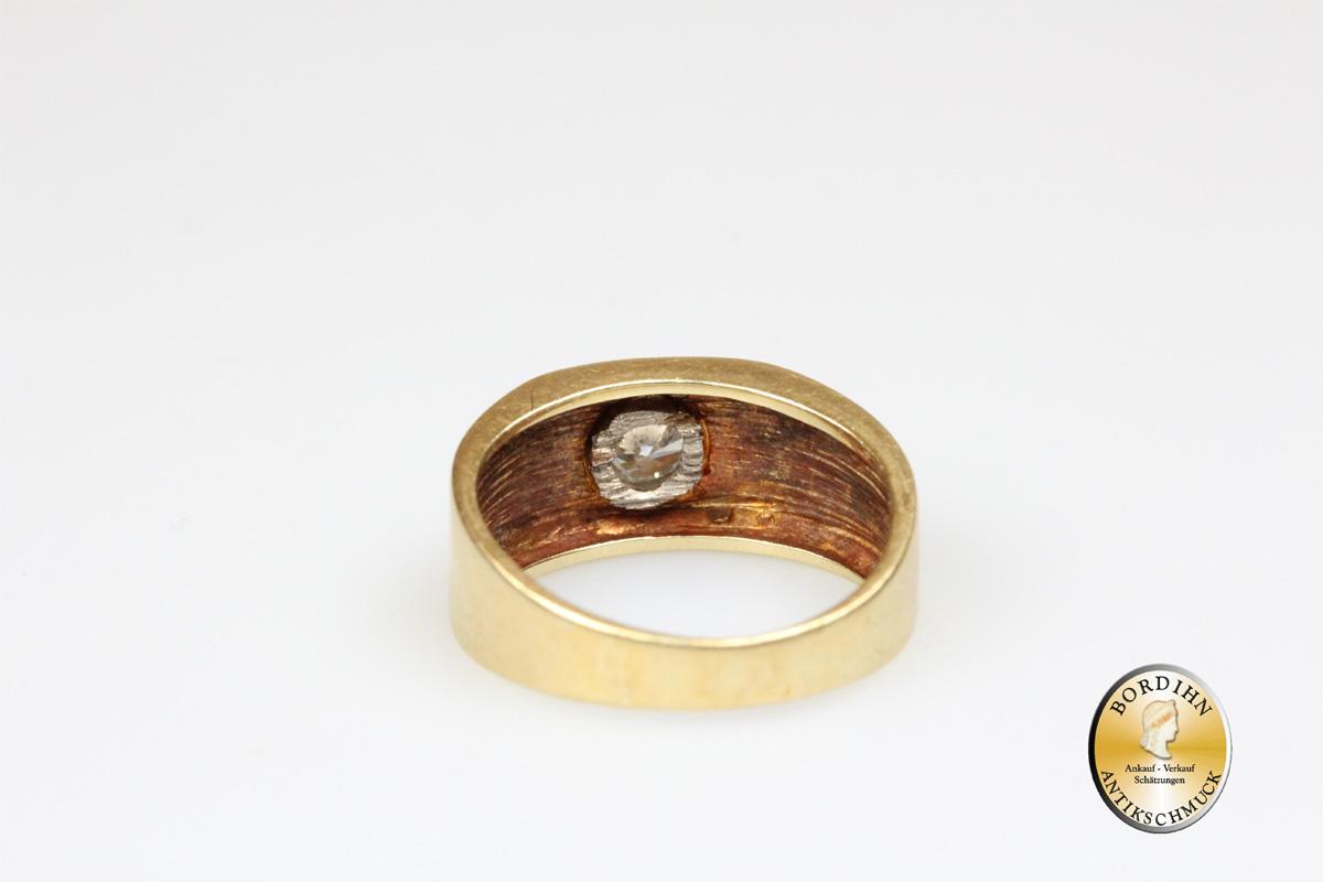 Ring; 14 Karat Gold mit Brillant