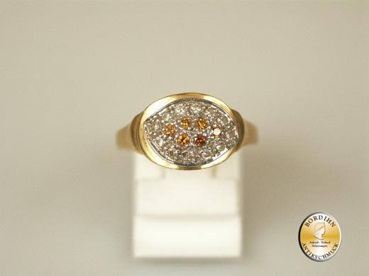 Ring; 18 Karat Gold, Brillanten und gelbe Turmaline, um 1970