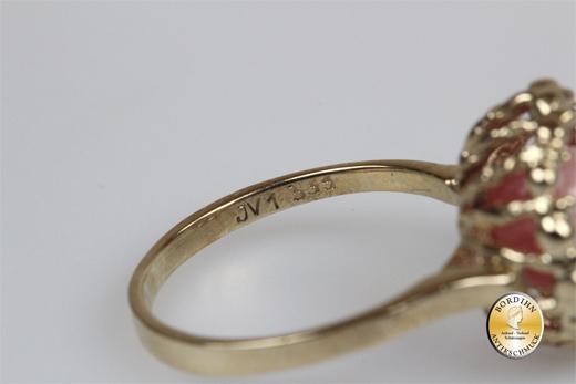 Ring; 8 Karat Gold, Rosenquarz