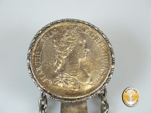 Rockstecker; Beschliesserring, 800 Silber, um 1860