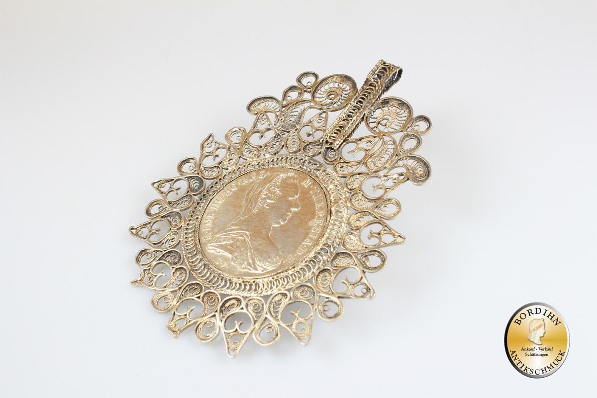 Anhänger; Silber, Patrona, antik