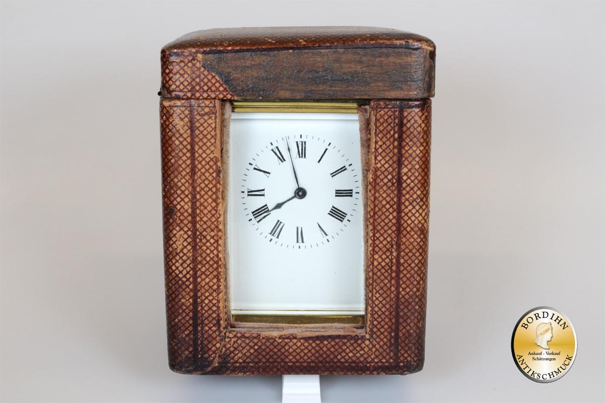 Uhr Reiseuhr Messing mit Schlüssel und Koffer antik Tischuhr Sammler