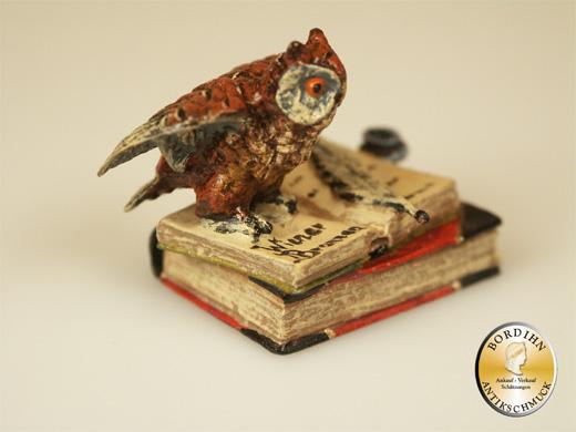 Wiener Bronze Eule Buch Tintenfass Flügel offen original Fritz Bermann
