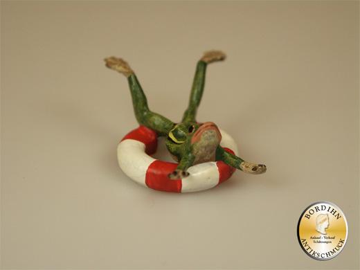 Wiener Bronze, Frosch im Schwimmreifen