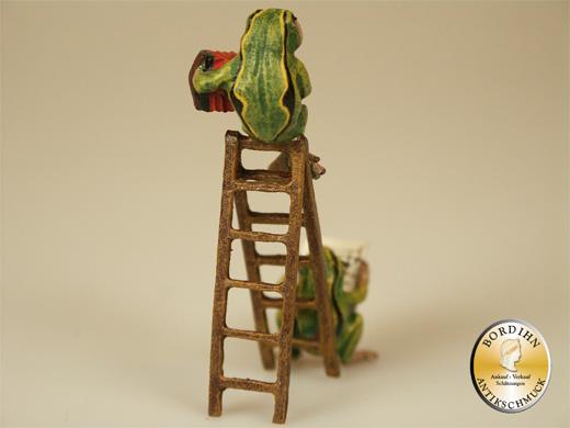 Wiener Bronze, Frösche auf der Leiter
