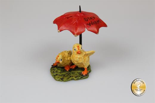 "Wiener Bronze; Küken unterm Schirm, ""stay warm"""